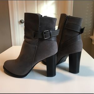 Chase and Chloe Noah booties